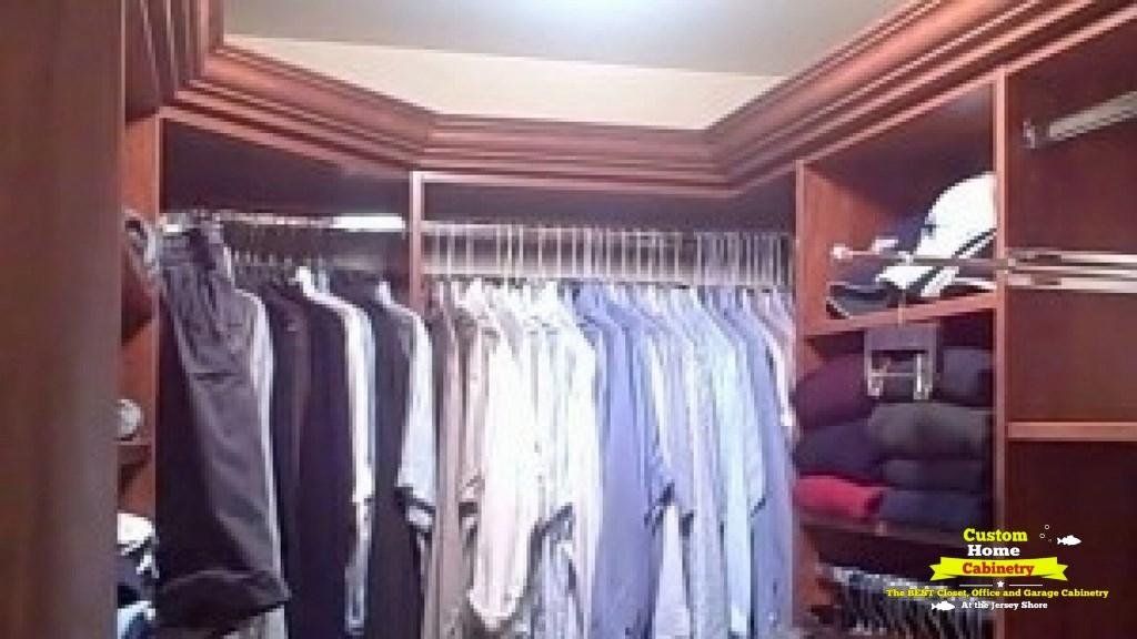 Cherry-Custom-Walk-In-Closet