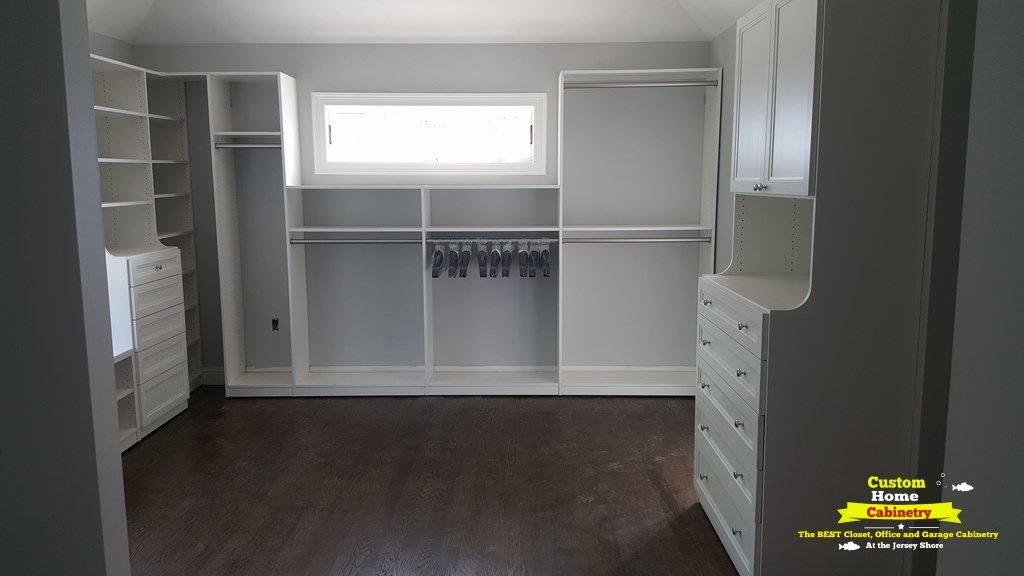 Walk-In-Closet-White1